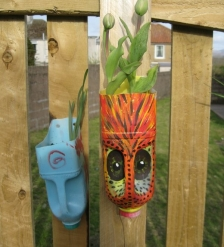 Mini Messel's Makers - Spring Recycled Planters