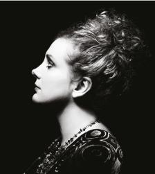 Christine Bovill's Piaf