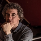 Paul Lewis - Haydn's piano sonatas