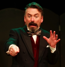 Mr Charles Dickens Presents A Christmas Carol